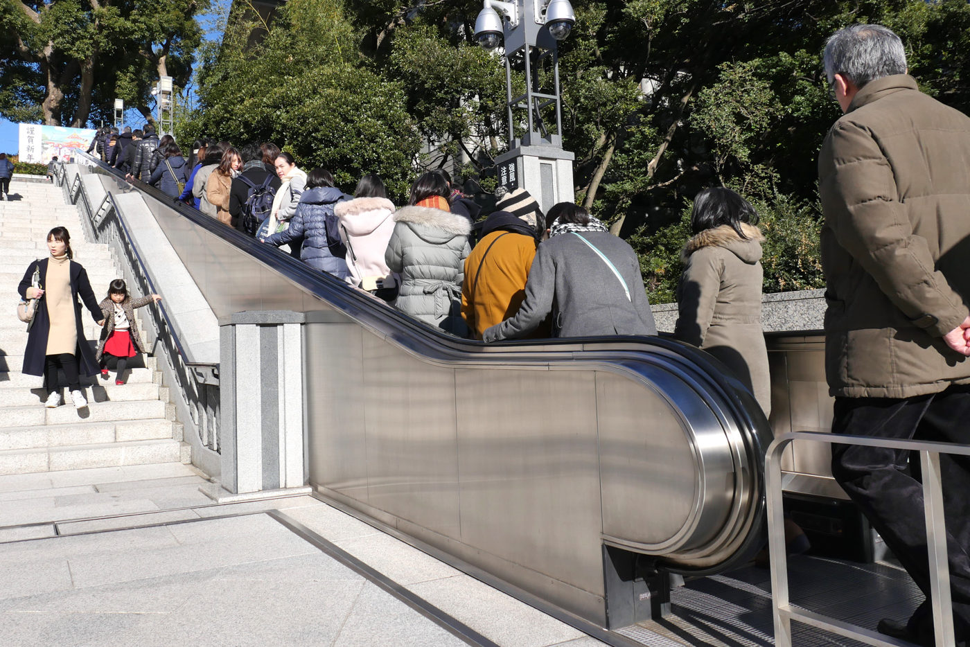 High-tech Japan: A shrine visit using an escalator!
